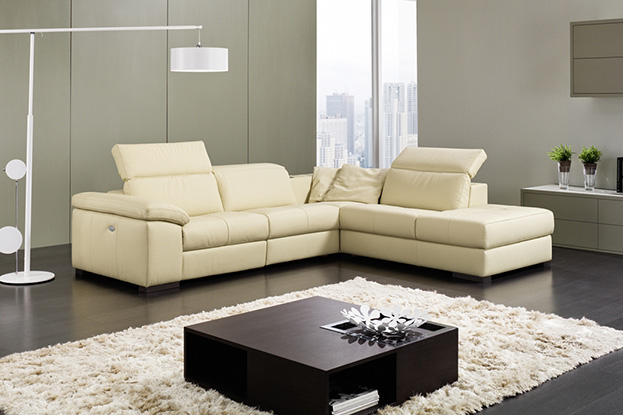 Franco Salotti, i divani di Castaldo Arredamenti